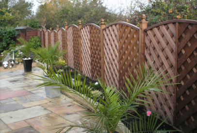Curved Fencing Panel, Natural Stone Patio